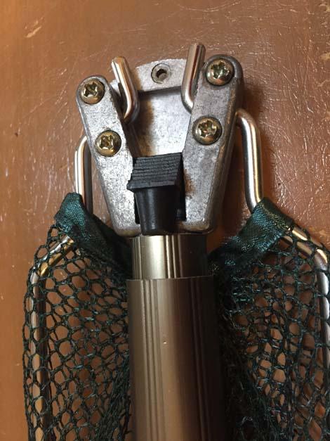 金属製ワンタッチネットの付け根